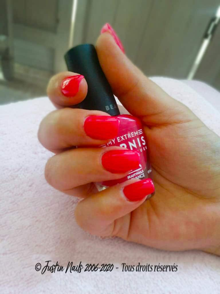 VERNIS-SEMI-PERMANENT-BLOG-TUTO-ONGLERIE-JUSTINAILS-DECORATION